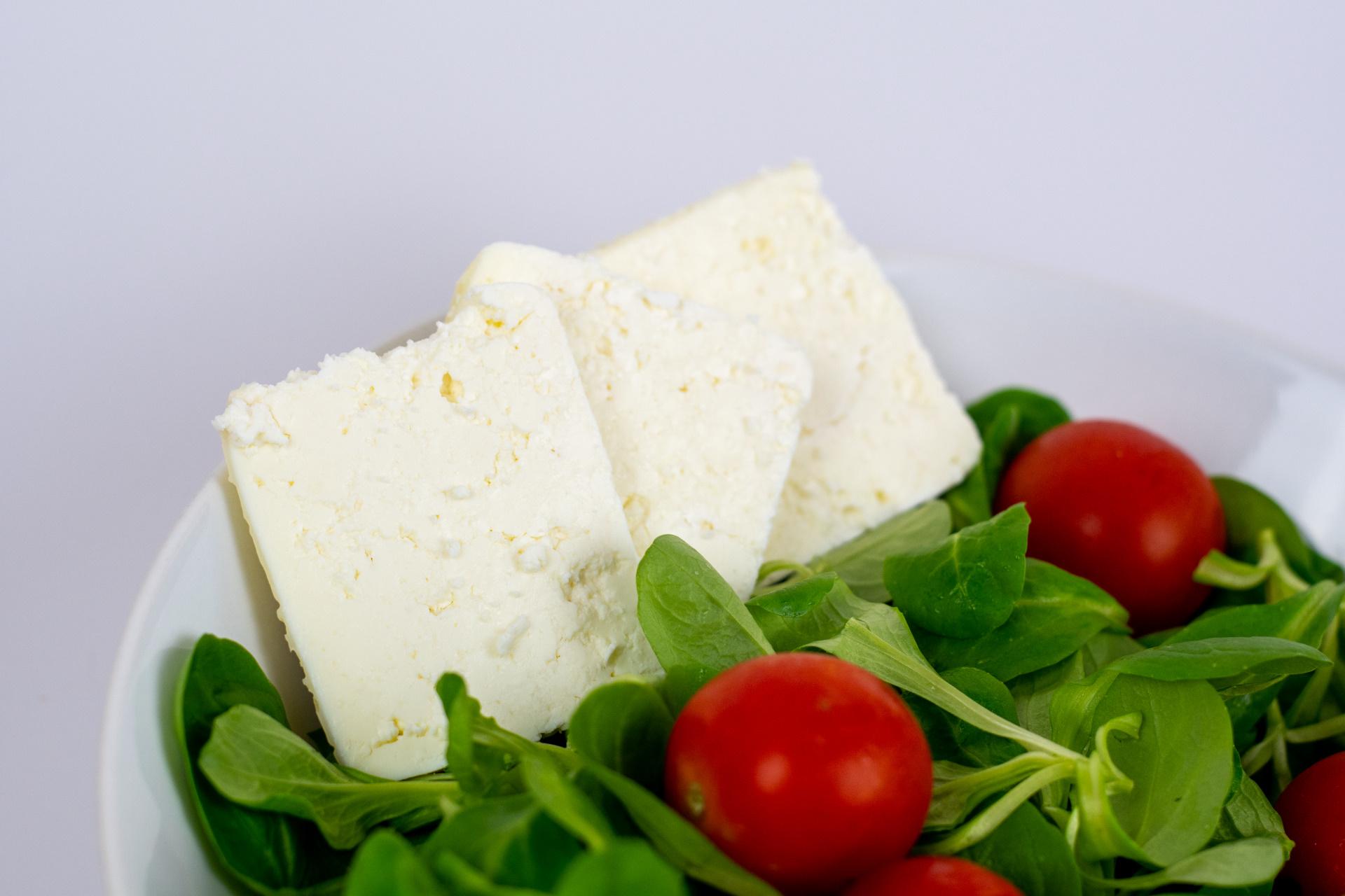 Bloderkäse im Salat